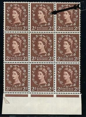 S37j 2d Wilding Edward with variety - White spot by Daffodil flaw UNMOUNTED MINT